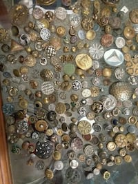 VINTAGE AND ANTIQUE BUTTONS Medford