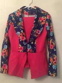 Women's multicolored floral print blazer and skirt Milwaukee, 53217