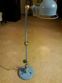 blue and gray string trimmer