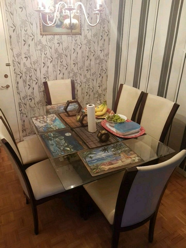 Dinner glass table with 6 chairs