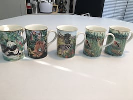 5 Canterbury fine bone China mugs