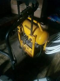 yellow and grey air compressor