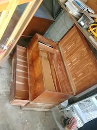 Cedar lined antique chest Toronto, M9W 1Z2