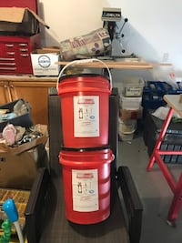 Two fall arrest kits/used once like new. I paid 500. 3180 km