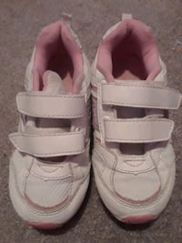 toddler's pair of white velcro shoes Pawtucket, 02860