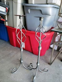 two stainless steel candle holders Valparaiso, 46385
