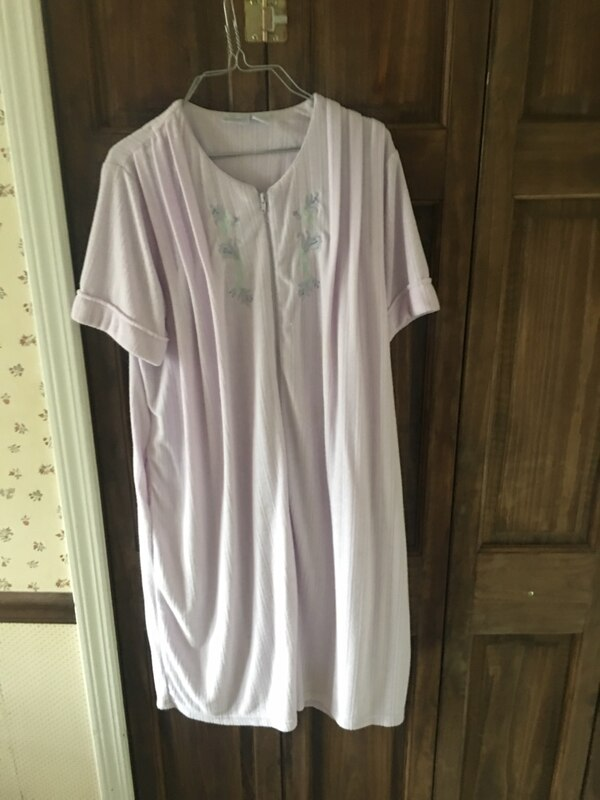 Ladys Large Night Gown (New)