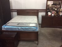 Louis Phillippe Queen/King Bed Set Florence, 76527
