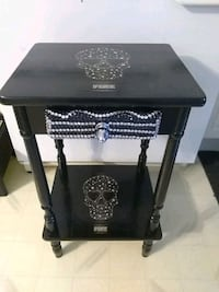 Pink skull side table with drawer Edmonton, T5B 1W7