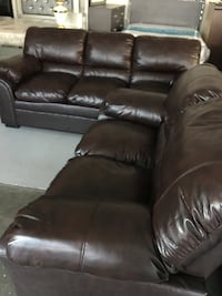 Brown leather sofa and love seat =2pcs 诺克洛斯, 30071