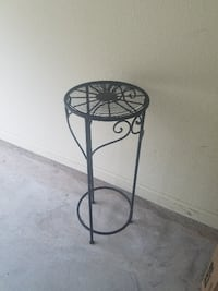 Plant stand Longview
