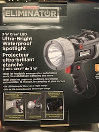 Motomaster Eliminator waterproof spotlight  Surrey, V3S 6V2