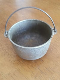 Wagner Ware cast iron pot Frederick