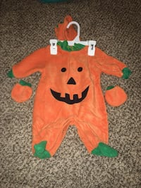 0-3 month Halloween outfit  Fountain, 80817
