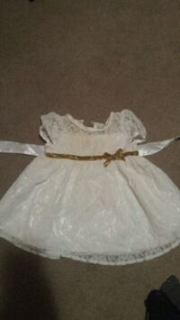 white and pink floral dress London, N6J 3M5