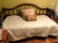 Day Bed w/Twin Mattress PROVIDENCE