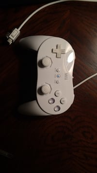 White wii gaming control Rocky View No. 44, T3R 1C4