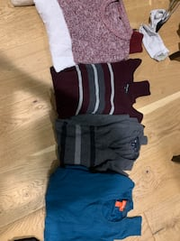 Bunch of sweaters- mint size S Coquitlam, V3K