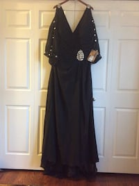 Plus Size Black Gown 707 km