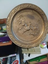 brown horse carved decorative plate 59 km