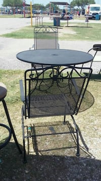 black metal top table with 2 chairs recliners San Antonio, 78227