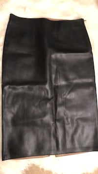 Black leather skirt - Zara Vancouver, V6A 3L5