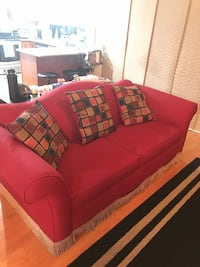 Sofa set in good condition still