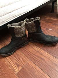 pair of black leather boots Yonkers, 10710