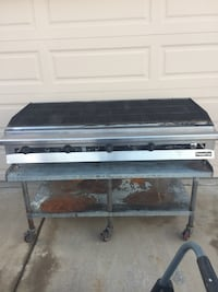Commercial charbroiler, gas.. Glendale, 85304