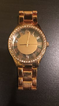 round gold-colored analog watch with link bracelet Calgary, T3N 0H2