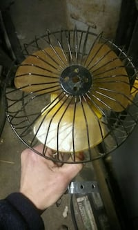 Two vintage Fans Camino, 95709