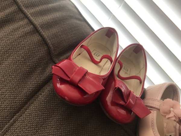 toddler size 7 shoes 27f4f35d-6f22-46ee-870f-4831373509da