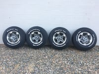 Ford dodge Jeep wheels with tires Prescott, 86303