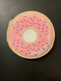 Donut shaped nail travel kit Oakville, L6H 2P3