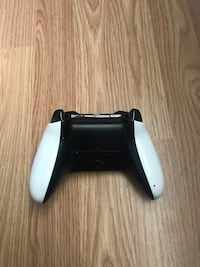 White and black xbox one controller Cherryville, 28021