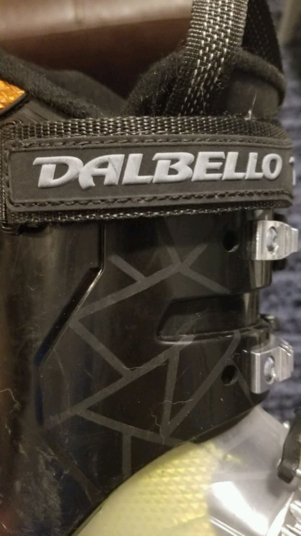 Kids ski boot. 4 buckle Dalbello 22.5  b380569e-8304-4222-961f-57d4e8abb096