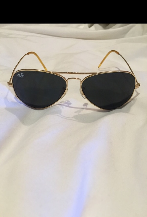 349067c55ae3 Used Gold framed ray ban aviator sunglasses for sale in Glendale - letgo