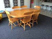 Sealco Solid Oak Table & Chairs Toronto, M9C 2J9