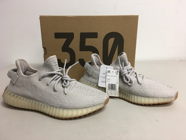 watch f3107 a79d9 NEW 2018 Adidas Yeezy Boost 350 V2 Sesame Size 9.5