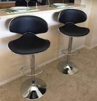 Bar stools new in box set 2 chairs Clifton, 07011