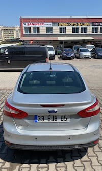 2012 Ford Focus 1.6I 125PS TREND