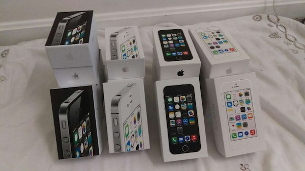 Iphone 5s and 4s COMPLETE BOXES