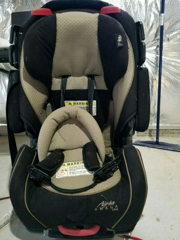Toddlers Car Seat Cost 99 In Costco