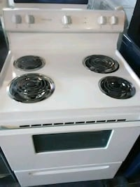 Frigidaire stove 1 year old Graniteville, 29829