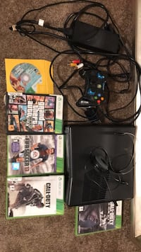 Xbox 360 with games  Lafayette, 70503