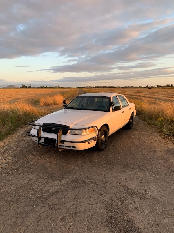 Ford - Crown Victoria - 2009 0