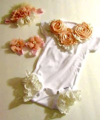 Baby one of a kind newborn onesie comes with a hea Douglasville, 30134