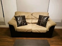 Couch (loveseat) and recliner Mesa, 85208