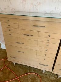 Dressers qty 2 Voorhees, 08043