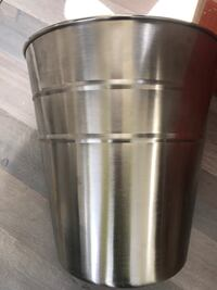 Stainless steel trash can Winchester, 22602